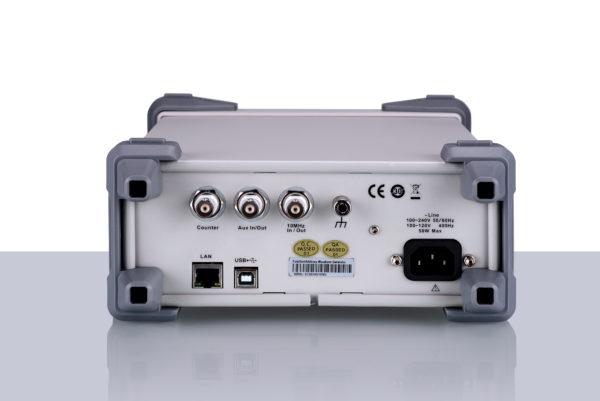 Siglent SDG2042X 40MHz Funktiogeneraattori